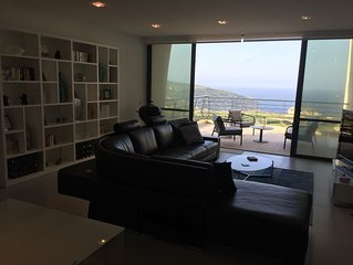 Modern 2 Bedroom apartment with Sea view and Swimming pool