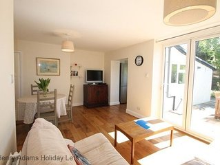 Leaview, Midhurst -  a family house that sleeps 5 guests  in 3 bedrooms