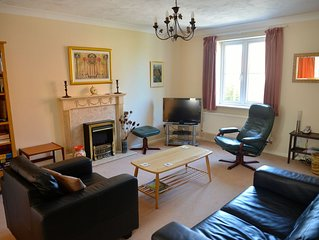 Modern House (72 sq m) on Edge Of Estate with garage, Sleeps 4 + baby/toddler