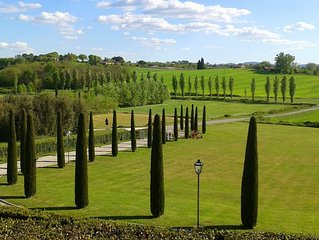Porcilaia Tuscany luxury semi-detached house w shared pool in Siena countryside