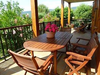 Casa rural (alquiler íntegro) Paskalena I y II para 4 personas