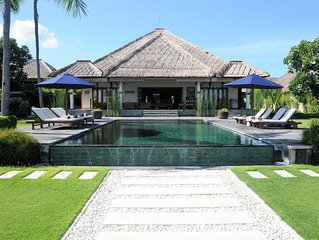 Ferienhaus zu mieten auf Bali, 2-10 Personen privat Villa mit Pool am Meer
