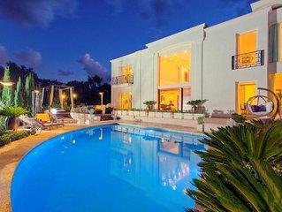 Stunning Villa Aurelia Malta