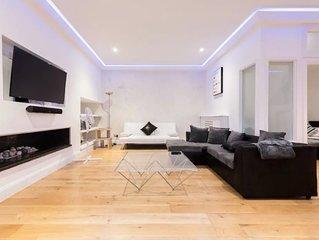 Stunning and Luxury Kensington 3 Bedroom 3 Bathroom with Terrace + Jacuzzi