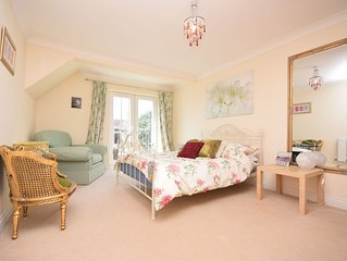 Seaview, Hayling Island -  a flat that sleeps 4 guests  in 2 bedrooms