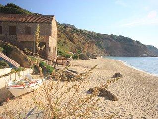 'Casa Serenella' a Porto Paglia,sulla sabbia 6 posti