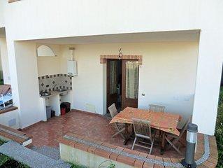 Trilocale 5 Torre di Bari, vicino al mare, con due camere e terrazza coperta