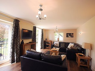 A beautiful two bedroom apartment situated in the lovely village of Alnmouth.