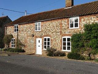 Traditional Norfolk Brick and Flint Cottage Near Brancaster and Burnham Market