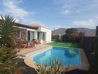 Magnifique villa tout confort avec piscine a la Oliva
