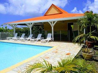 Villa créole avec piscine et vue sur les magnifiques îlets du François