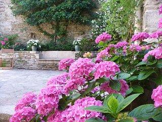 Ambiance magique dans cette charmante maison bretonne en plein bourg de Sarzeau
