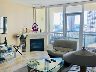 Beautiful Sleek Furnished Downtown Condo
