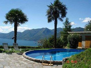 Freistehendes 4½-Zimmer-Haus mit Pool und atemberaubender Sicht auf den See