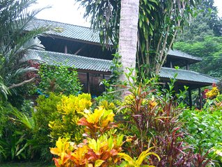 Serene Private 'Old Bali' Estate w/pool&Staff, Tucked Away short Walk From Ubud
