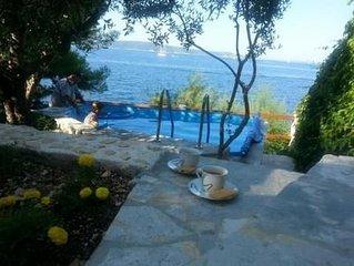 Ferienwohnung Okrug Gornji fur 1 - 4 Personen mit 2 Schlafzimmern - Ferienhaus
