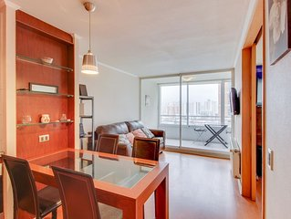 Apartment w/ balcony and shared indoor/outdoor pools, near the best shopping!