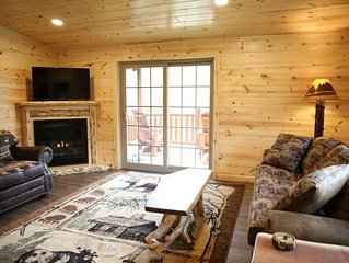 NEW! Cabin Suite w/ Full Kitchen, Fireplace, and Balcony - Half mile to Berlin!