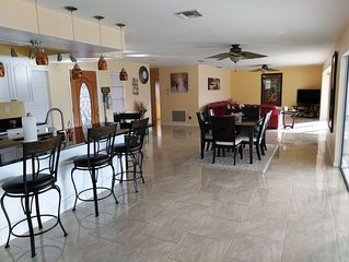 Indian Rocks Beach/ Largo Resort Style 4 BR House with Pool