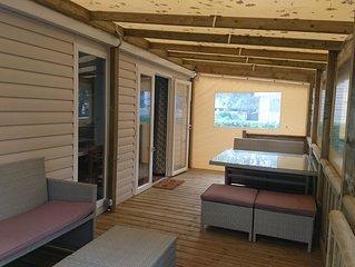 MOBIL-HOME tout confort pour 2 à 6 personnes, Domaine de Kerlann