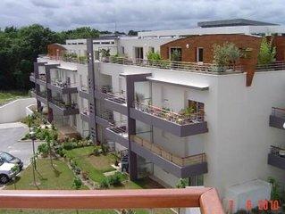 Vannes charmant appartement 30m2 avec grande terrasse et garage