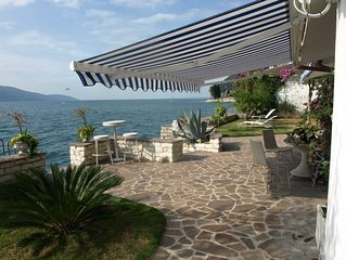 Exklusives Ferienhaus mit privatem Seegrundstück am Gardasee