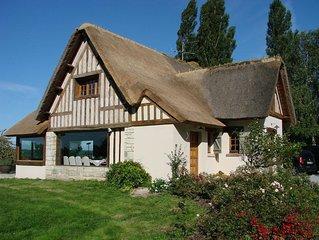 Maison chaumiere, Tourgeville avec piscine chauffee