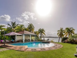 Villa de luxe, cottage, piscine, jardin, ponton, accès mer