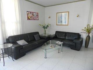 Très bel appartement tout confort à 3' du Kikar et 5' de la plage