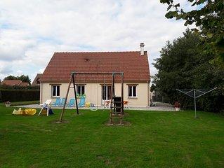 Belle maison plein pieds pour 8 personnes avec grand jardin.