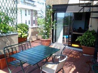 Appartement panoramique avec terrasse fleurie