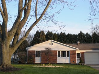 East Plum Brook Home - Minutes from Cedar Point