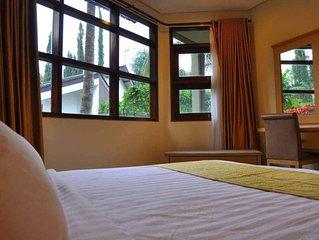 4 Bedroom Villa, strategic location near most Attraction in Batu