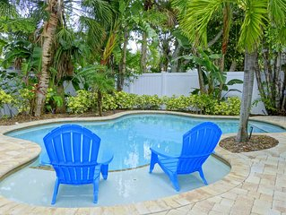 Fig Leaf: 2 Bed/2 Bath Villa w/Private Heated Pool. Close to Trolley and Beach!