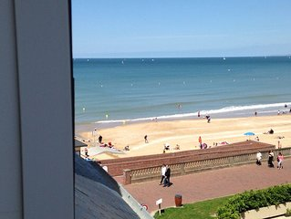 Appartement Flots 3 , accolle au Grand Hotel de Cabourg.