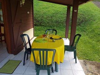 Joli bungalow avec terrasse and Wifi