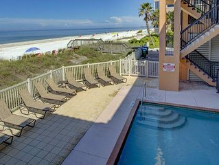 3 Bedroom Condo, Sleeps 8 Steps to the Beach or Bay