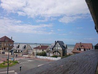 Bel appartement avec vue sur mer, exposition sud, balcon, séjour  agréable