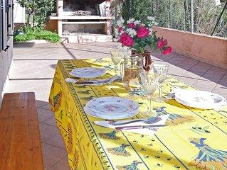 Dans un charmant village sarde, appartement lumineux avec terrasse et barbecue a