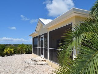 2 bedroom cottage with stunning sunset & water views, ideal for kiteboarders