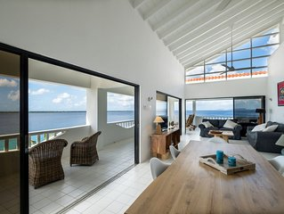 Exceptional Oceanfront Penthouse Delfshaven Sanddollar Resort