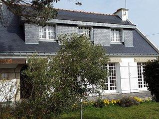 Villa 6 chambres entre plage et port Pointe St Jacques