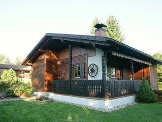 Gemütliches Ferienhaus mit Kamin am Südhang im Feriendorf Ulrichsgrün