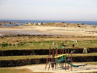Appart tout neuf, super vue mer, tres proche plage et sentiers de randonnee