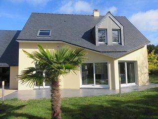 Agréable maison à 1 km de la mer pour 8/10 personnes avec terrasse et jardin