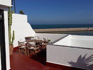 Sunny appartment in villa 1st floor FULLY EQUIPED