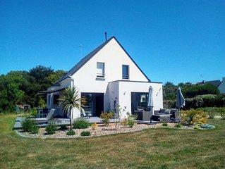 Belle maison neuve avec grand jardin, au calme, à 800 mètres de la plage