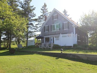 Oceanfront 3 Bedroom/3 bath Fabulous Views of Acadia in Surry, Maine