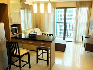 1 Bedroom / 2 Bedroom Luxury Hampton's Park Apartment By Travelio - Jakarta