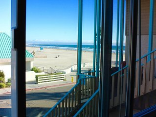 Just steps off the beach upper level 1 bedroom condo
